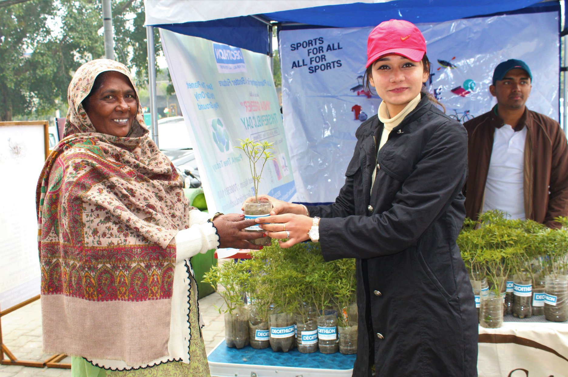 Sankalp Enviro distributes Plants on Republic Day