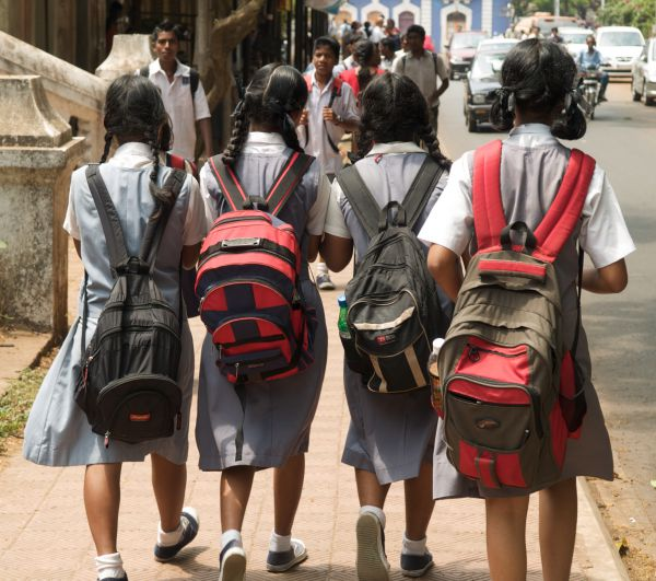 Heavy School bags - How technology has changed eduacation